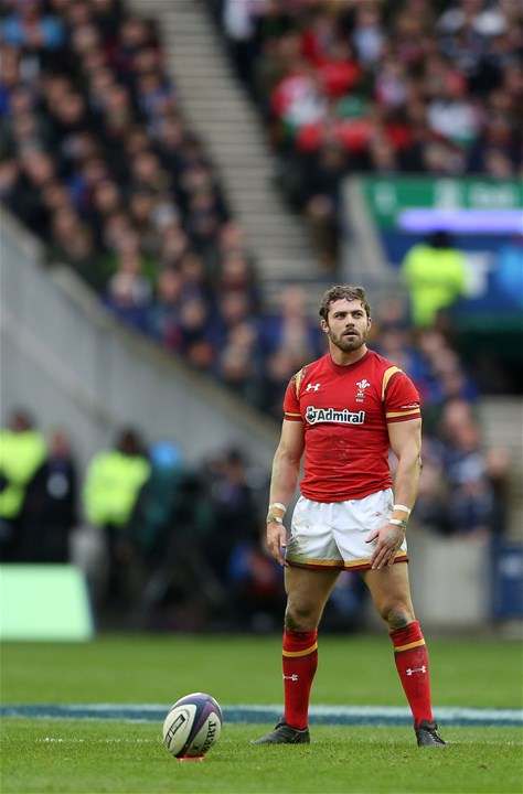 25.02.17 - Scotland v Wales - RBS 6 Nations Championship - Leigh Halfpenny of Wales prepares of a kick.
